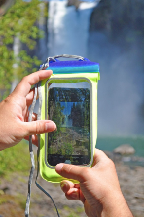 Seattle Sports E-Merse Neo XL submersible phone case
