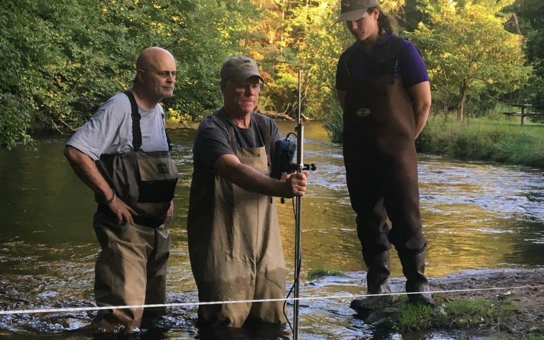 Volunteers in Wisconsin collaborate on stream monitoring effort