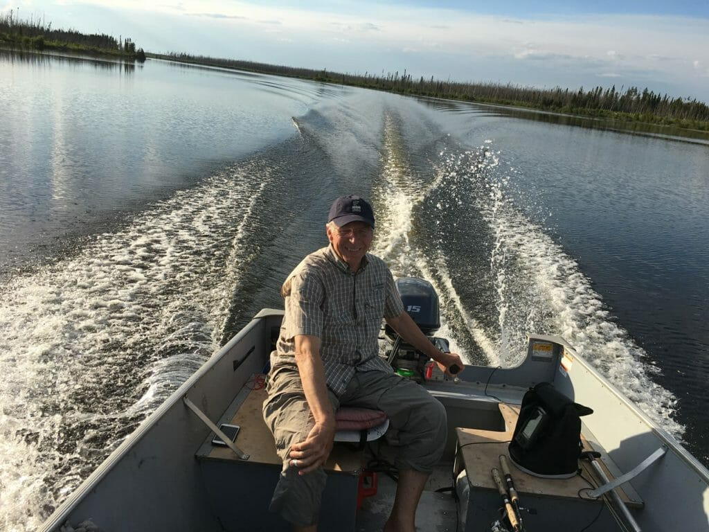 This image has an empty alt attribute; its file name is Mike-Dombeck-on-the-hunt-for-walleye-1024x768.jpeg